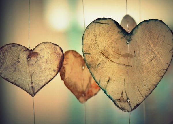 הבחירה שלנו להסכים לאהוב